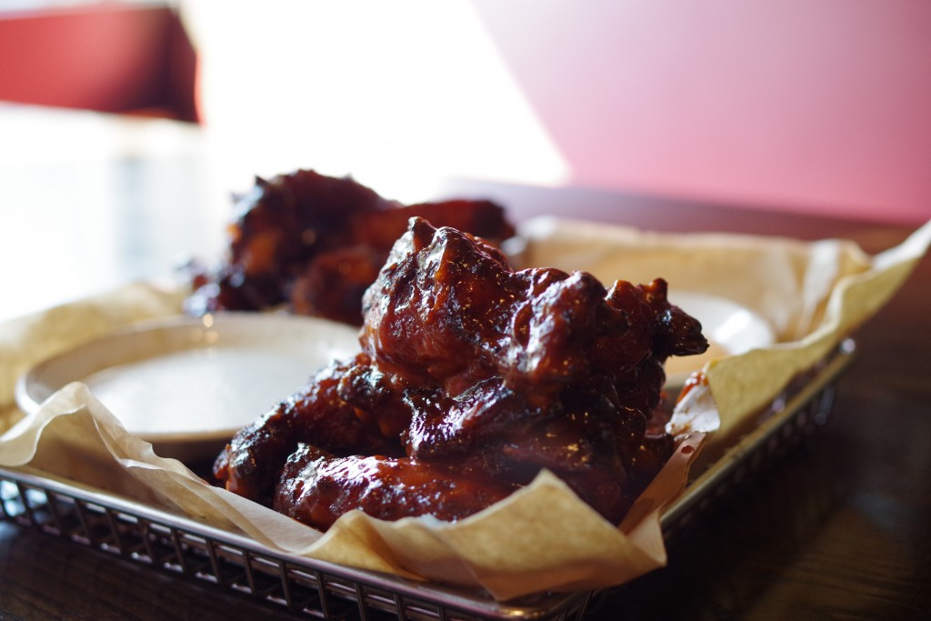 Red Heat Tavern Wings
